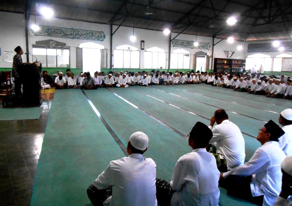 WBP Buka Bersama Puasa Hari Keenam di Lapas Wirogunan