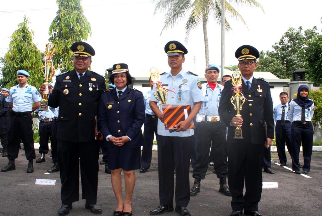 HARBAPAS, Lapas Wirogunan Raih Dua Tropi Juara Ketiga