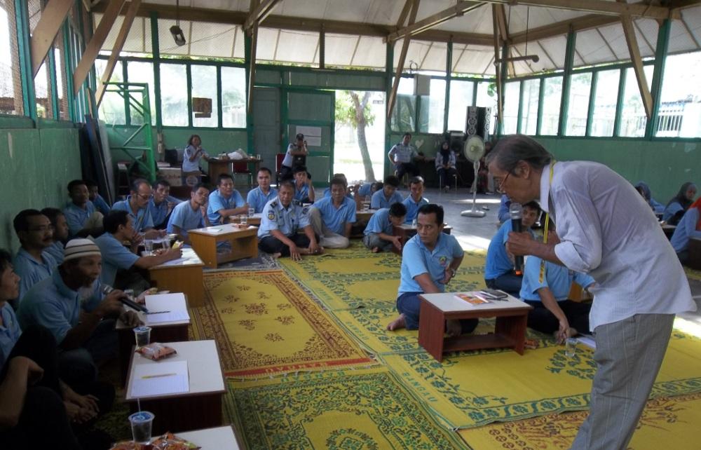 Tiga Sastrawan Yogyakarta Tantang Napi Wirogunan