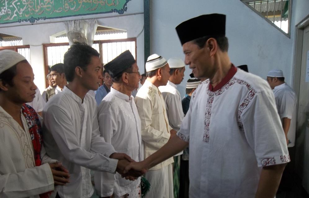 Ustadz Muhammad Ikhsani Saksikan Pemberian Remisi Khusus Idul Fitri  Di Lapas Wirogunan