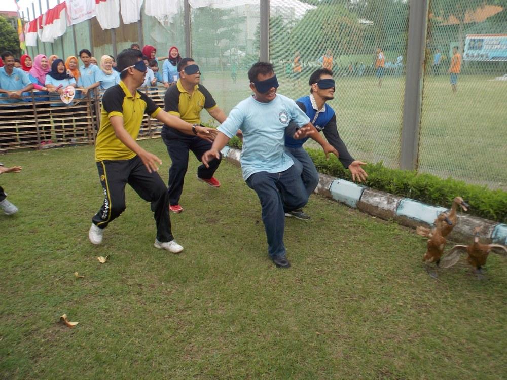 Semarak Kemerdekaan Republik Indonesia  Pegawai Lapas Wirogunan Selenggarakan Lomba Permainan Tradisonal