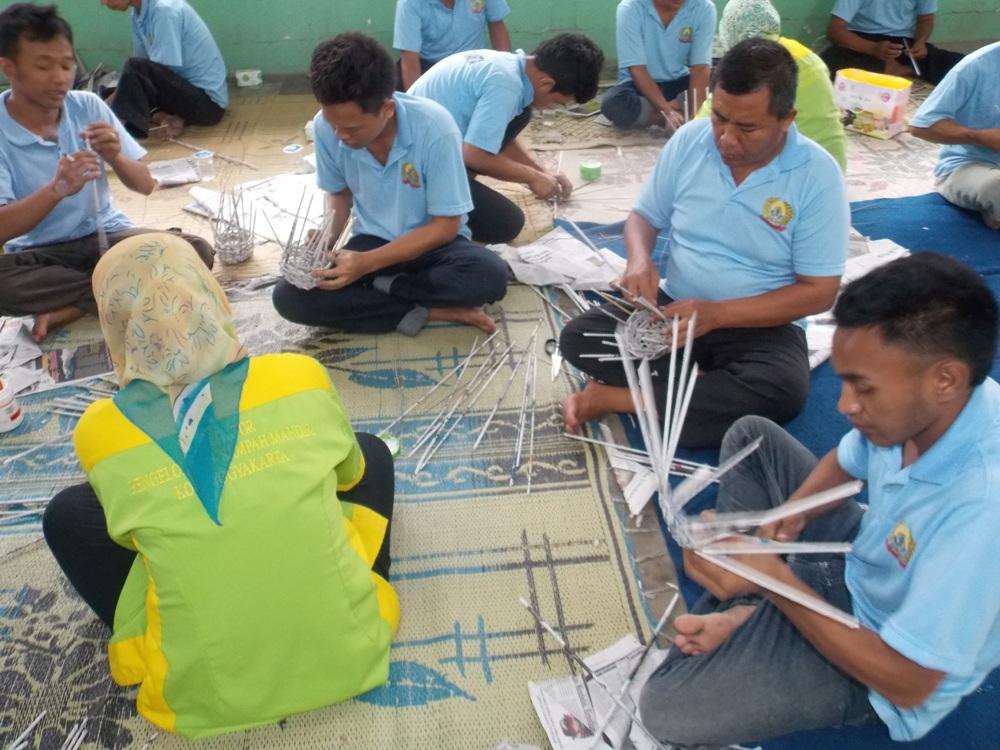 Badan Lingkungan Hidup Kota Yogyakarta Beri Pelatihan Pengolahan Sampah  Kepada 44 Orang Narapidana Lapas Wirogunan