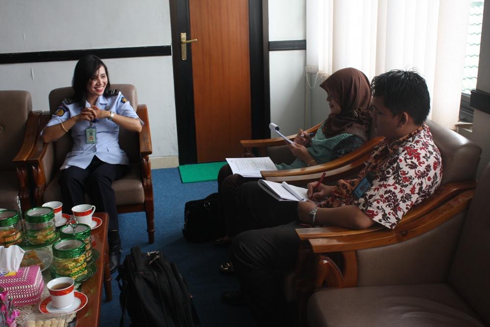 Dua Pegawai BPSDM Kementerian Hukum dan HAM RI laksanakan Monitoring dan Evaluasi Diklat/Bimtek ke Lapas Wirogunan