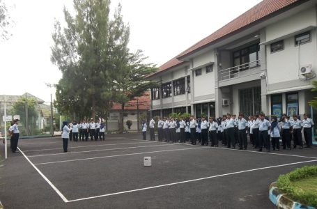"Kepala Divisi Pemasyarakatan Kanwil Kemenkumham DIY Apel  di Lapas Wirogunan,  ""Ajak Petugas  Tingkatkan Kinerja"""