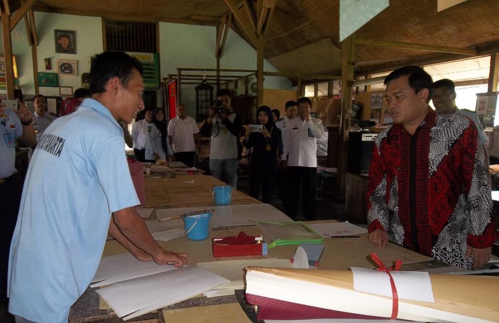 Dirjen Peraturan Perundang-Undangan Kunjungi Lapas Wirogunan