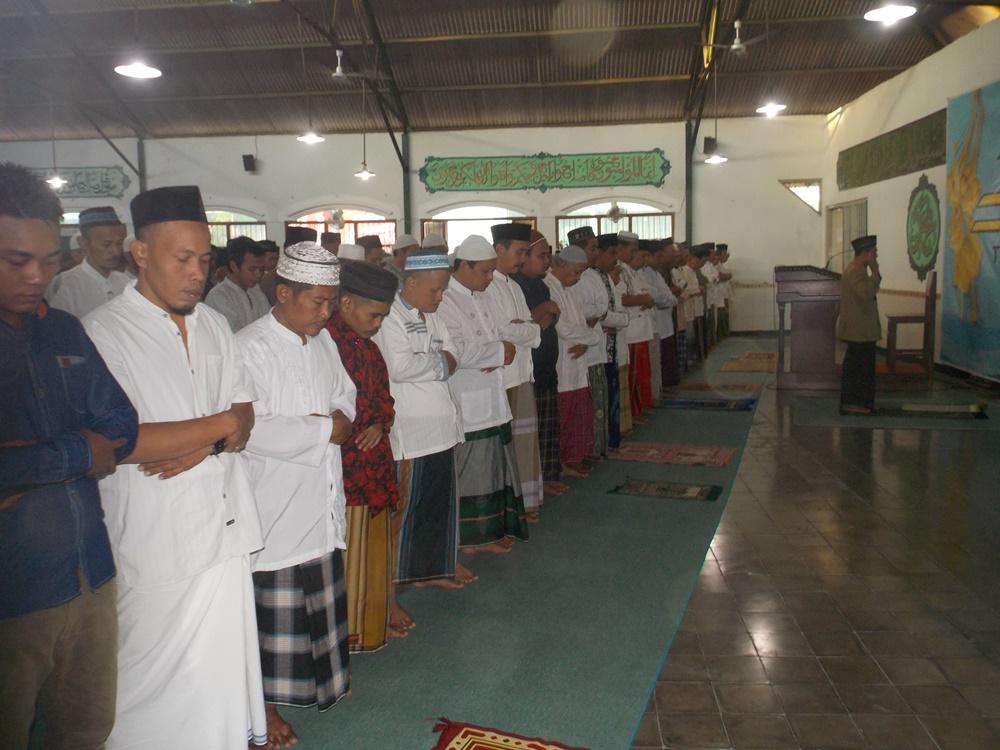 WBP Lapas Wirogunan Sholat Idul Fitri di Masjid Al-Fajar