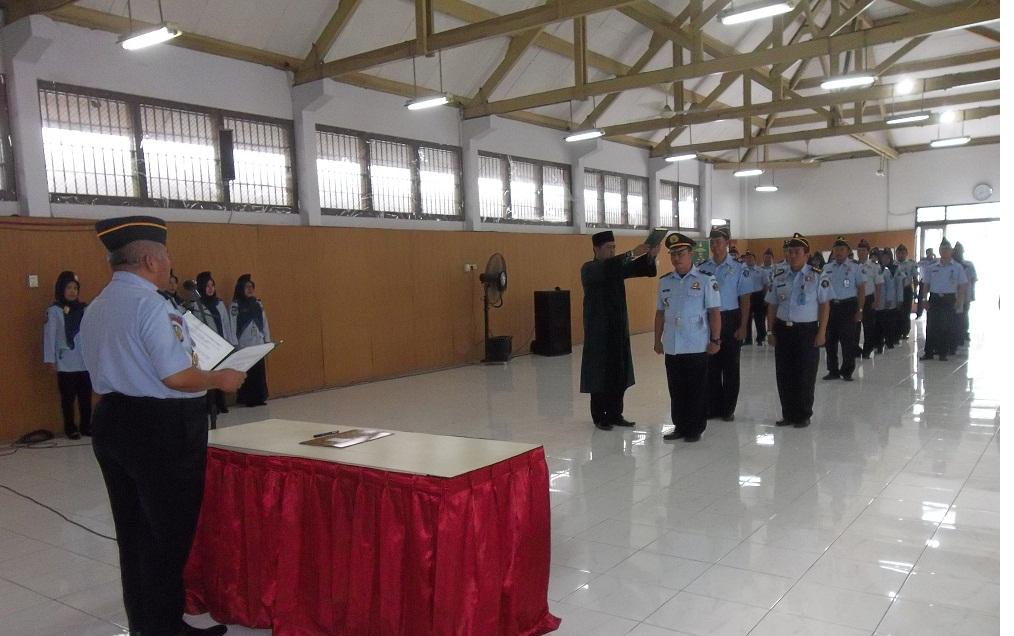 Kepala Seksi Kegiatan Kerja Lapas Wirogunan Dilantik dan Diambil Sumpah