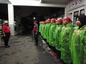 Tembus Hujan, CPNS Lapas Yogyakarta Tetap Semangat Jalan Malam