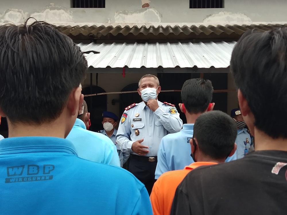 Kalapas Yogya Blusukan, Ajak WBP Menjaga Kebersihan