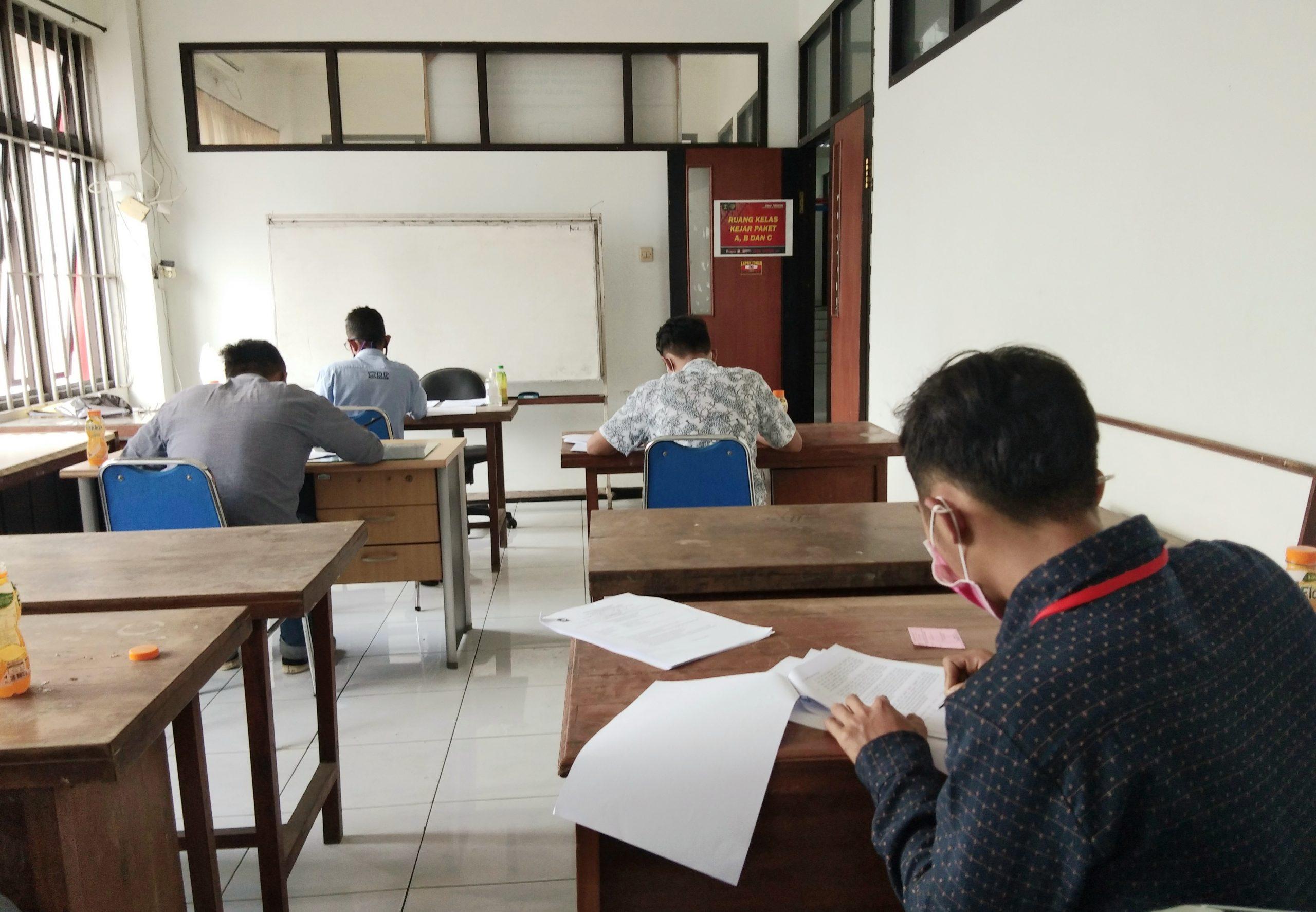 Enam Warga Binaan Lapas Yogyakarta Ikuti Ujian Paket C