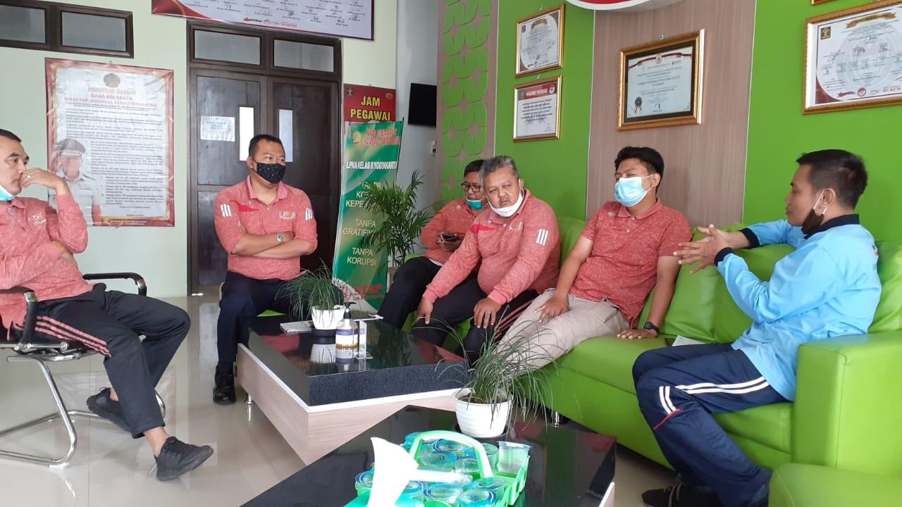 Laksanakan Studi Tiru, Tim ZI Lapas Yogyakarta Siap Raih WBK