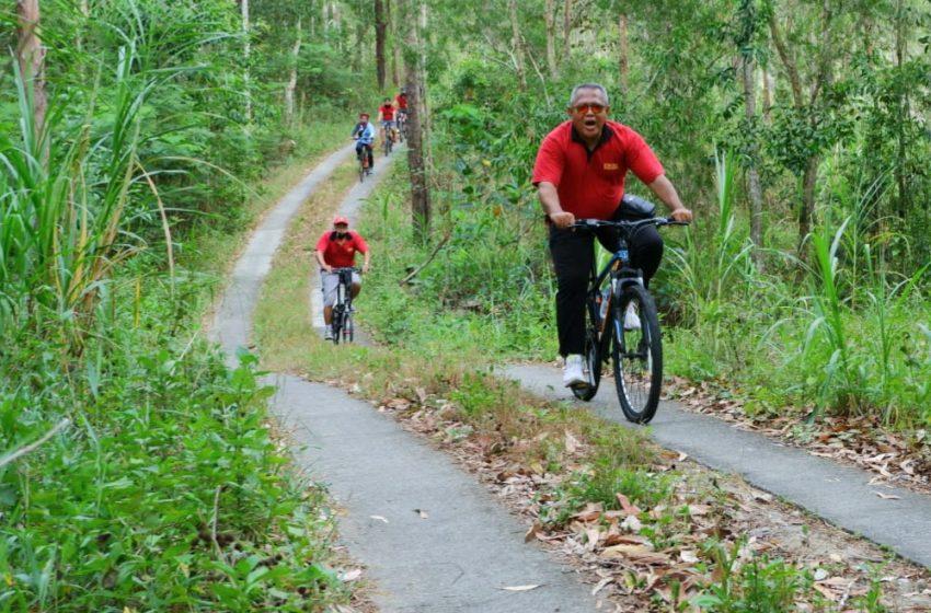 Bersepeda Sarana Bangun Komunikasi dan Kesehatan