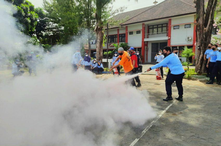 Tingkatkan Kewaspadaan, Lapas Yogyakarta Gelar Simulasi Penanganan Kebakaran